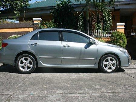 Toyota Corolla Altis 2011 Automatic Gasoline