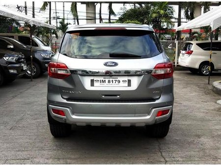 Selling Silver Ford Everest 2016 in Antipolo