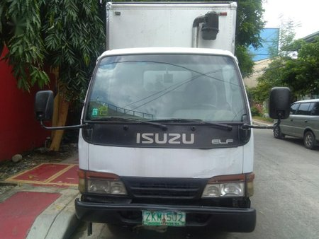 Sell 2008 Isuzu Elf in Quezon City