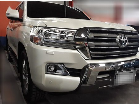 Sell 2019 Toyota Land Cruiser in Manila