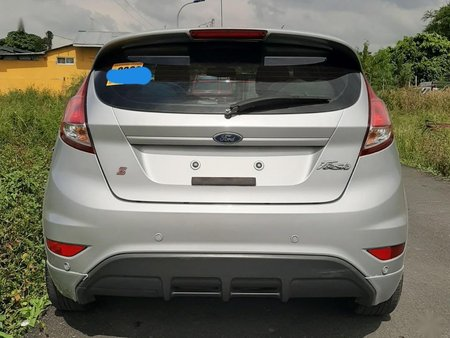 Selling Ford Fiesta 2014 in Quezon City