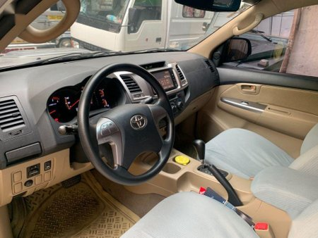 Sell 2014 Toyota Hilux in Quezon City