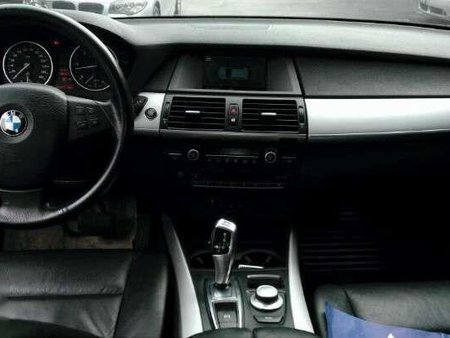 Selling Bmw X5 2008 in Pasig