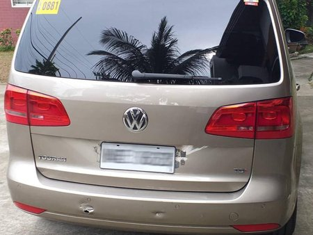 Volkswagen Touran 2015 for sale in Valenzuela