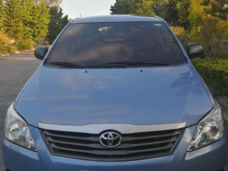 2014 Toyota Innova 2.5 E Diesel Automatic for sale in Pampanga