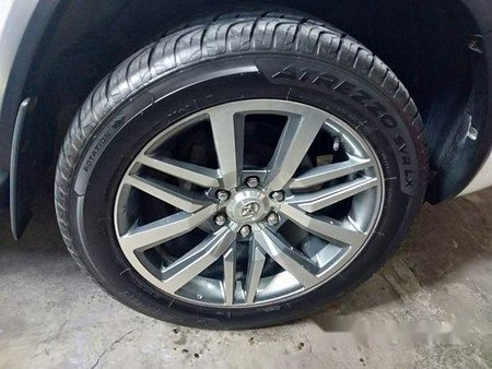 White Toyota Fortuner 2016 for sale in Quezon City