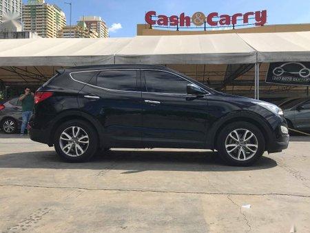 Selling Hyundai Santa Fe 2013 in Manila