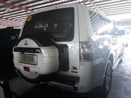 Sell Purple 2015 Mitsubishi Pajero in Manila