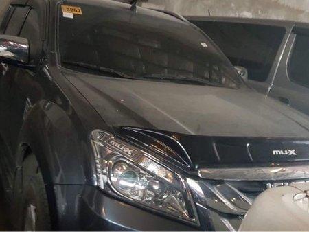 Sell 2017 Isuzu Mu-X in Quezon City