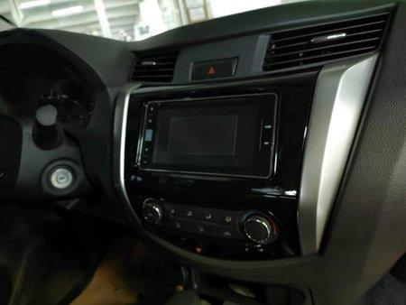 Selling Nissan Navara 2020 in Manila