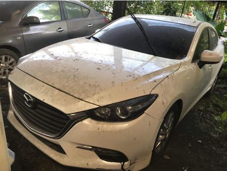 Sell 2019 Mazda 3 in Quezon City