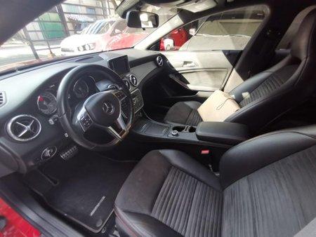 Selling Mercedes-Benz Cla-Class 2014 in Manila