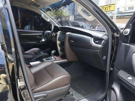 Black Toyota Fortuner 2017 for sale in Automatic