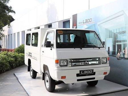 Mitsubishi L300 FB Dual AC