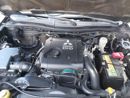 Grayblack Mitsubishi Montero sport 2014 for sale in Automatic