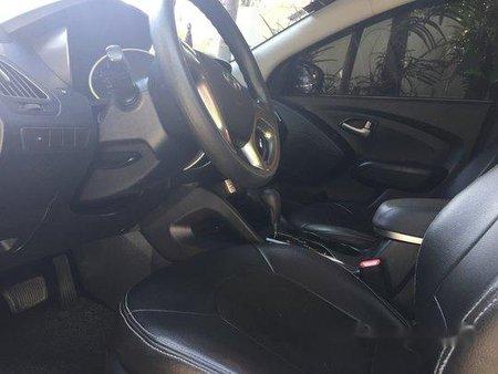 Sell Black 2012 Hyundai Tucson in Cainta