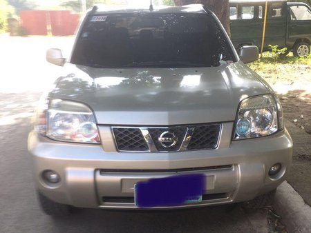 Silver Nissan X-Trail 2011 for sale in Automatic