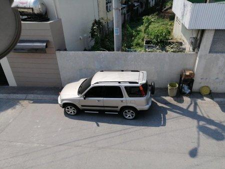 Silver Honda Cr-V 1997 for sale in Manila
