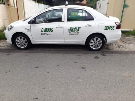 White Toyota Vios 2012 for sale in Manila