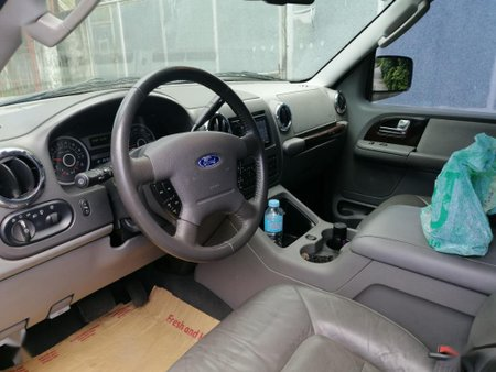 Sell 2004 Ford Expedition in Cavite
