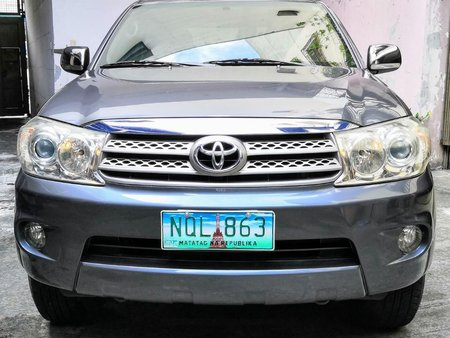 Grey Toyota Fortuner 2010 for sale in Automatic