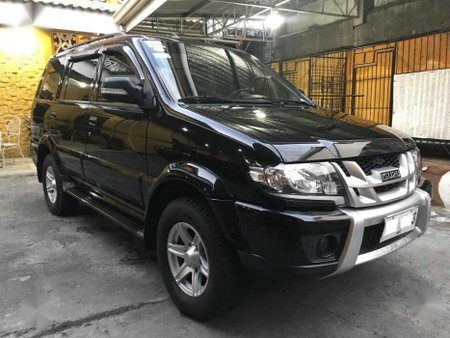 Black Isuzu Crosswind 2015 for sale in Manila