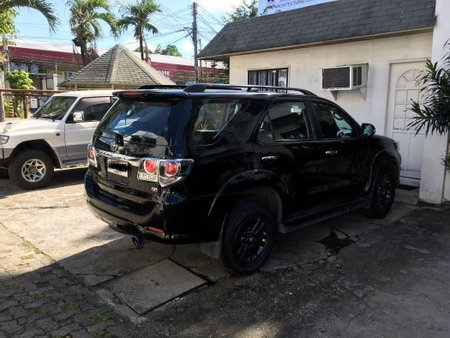 Black Toyota Fortuner 2015 for sale in Automatic