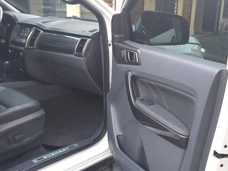 Sell White 2019 Ford Everest in Manila
