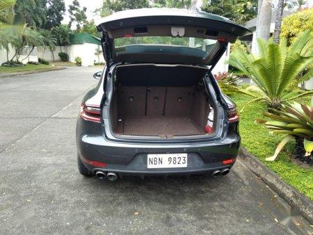 Sell Grey 2017 Porsche Macan in Angeles