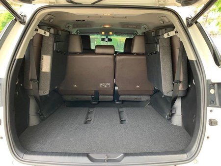 Selling Pearl White Toyota Fortuner 2018 in Manila