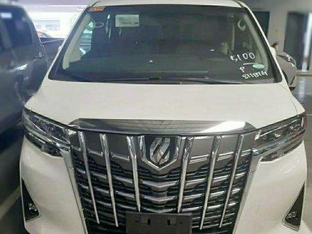 Selling Toyota Alphard 0 in Makati