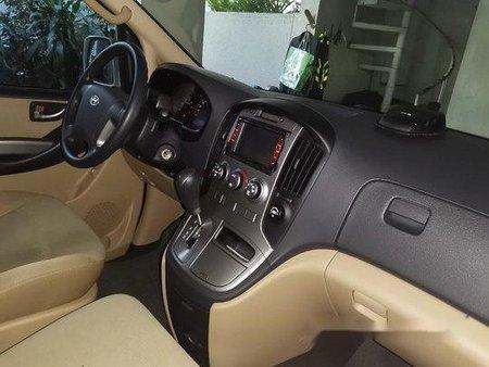 White Hyundai Grand Starex 2015 at 22227 km for sale