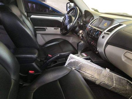 Grey Mitsubishi Montero 2011 for sale in Automatic