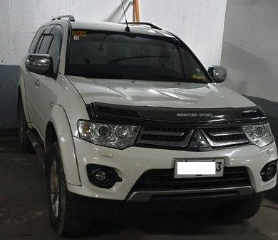 White Mitsubishi Montero Sport 2014 at 70000 km for sale