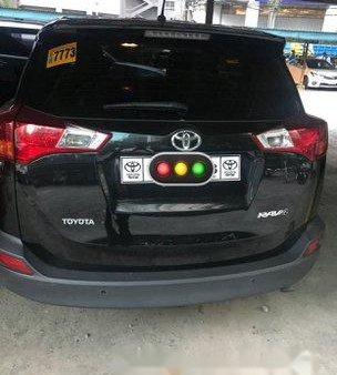 Selling Black Toyota Rav4 2015 at 29000 km