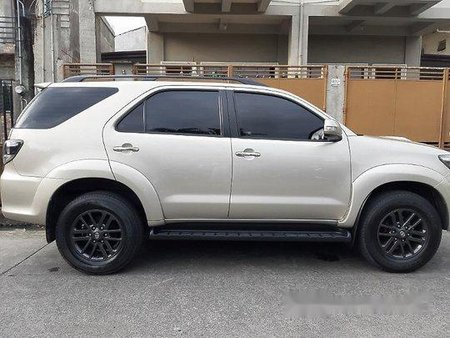 Selling Toyota Fortuner 2015 at 88000 km