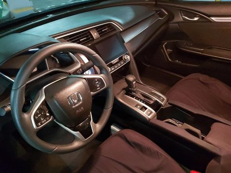 Sell 2018 Honda Civic in Makati