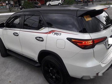 Selling White Toyota Fortuner 2016 Automatic Diesel