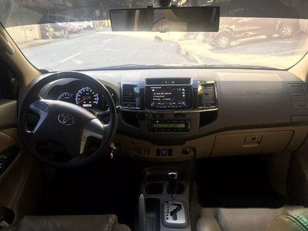 Selling Black Toyota Fortuner 2013 Automatic Gasoline