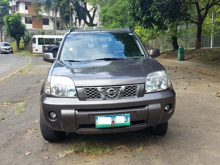 Grey Nissan X-Trail 2018 for sale in Automatic