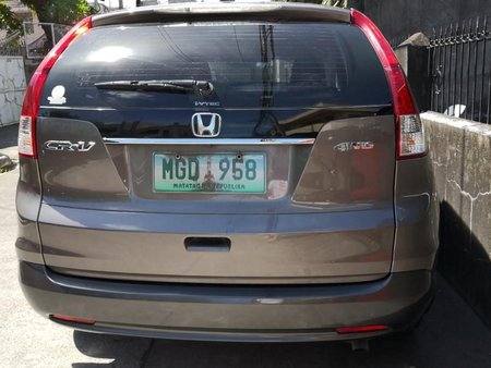 Sell Grey 2013 Honda Cr-V in Manila