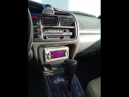 Selling Red Suzuki Grand Vitara 2001 SUV / MPV at  Automatic   at 94556 in Marilao