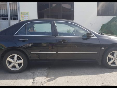 Selling Black Honda Accord 2005 Sedan at 65000 in Dasmariñas