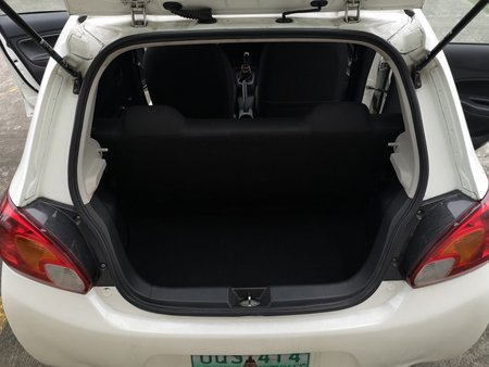 White Mitsubishi Mirage 2013 Hatchback at 75000 for sale