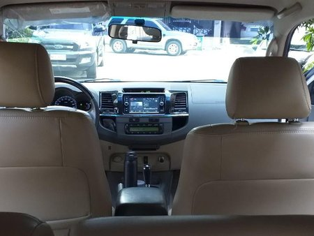 Sell Beige 2013 Toyota Fortuner in Pasig