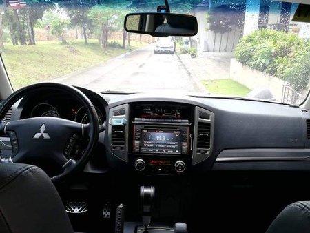 White Mitsubishi Pajero 2015 for sale in Automatic