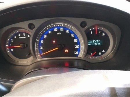 Selling Blue Isuzu D-Max 2010 Manual Diesel