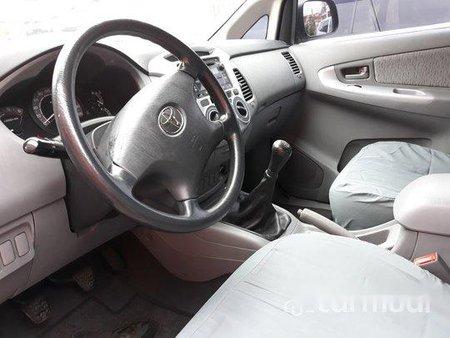 Silver Toyota Innova 2011 for sale in Manila