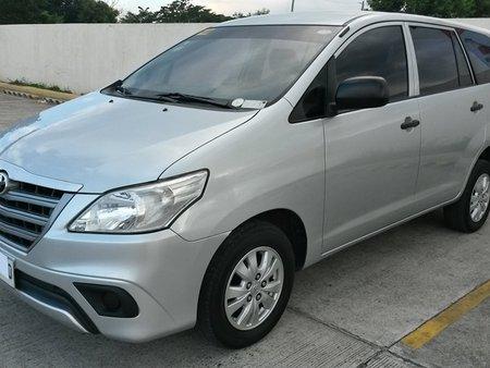 2015 Toyota INNOVA E in San fernando