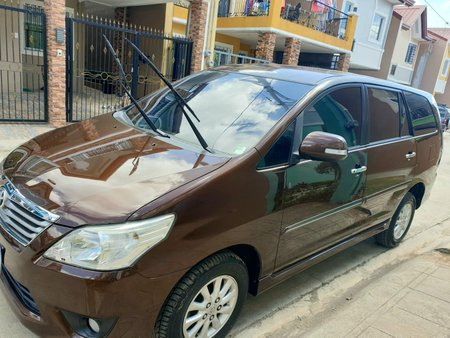 Toyota Innova 2.5 G DSL A/T (FRESH IN/OUT)